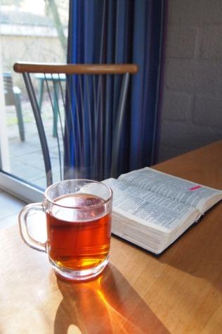 canva-tea,-drink-tea,-tea-glass,-cup,-bible,-faith,-open-macvrw_rvbu